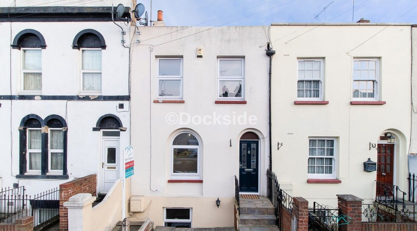 4 bed  for sale in Peacock Street, DA12