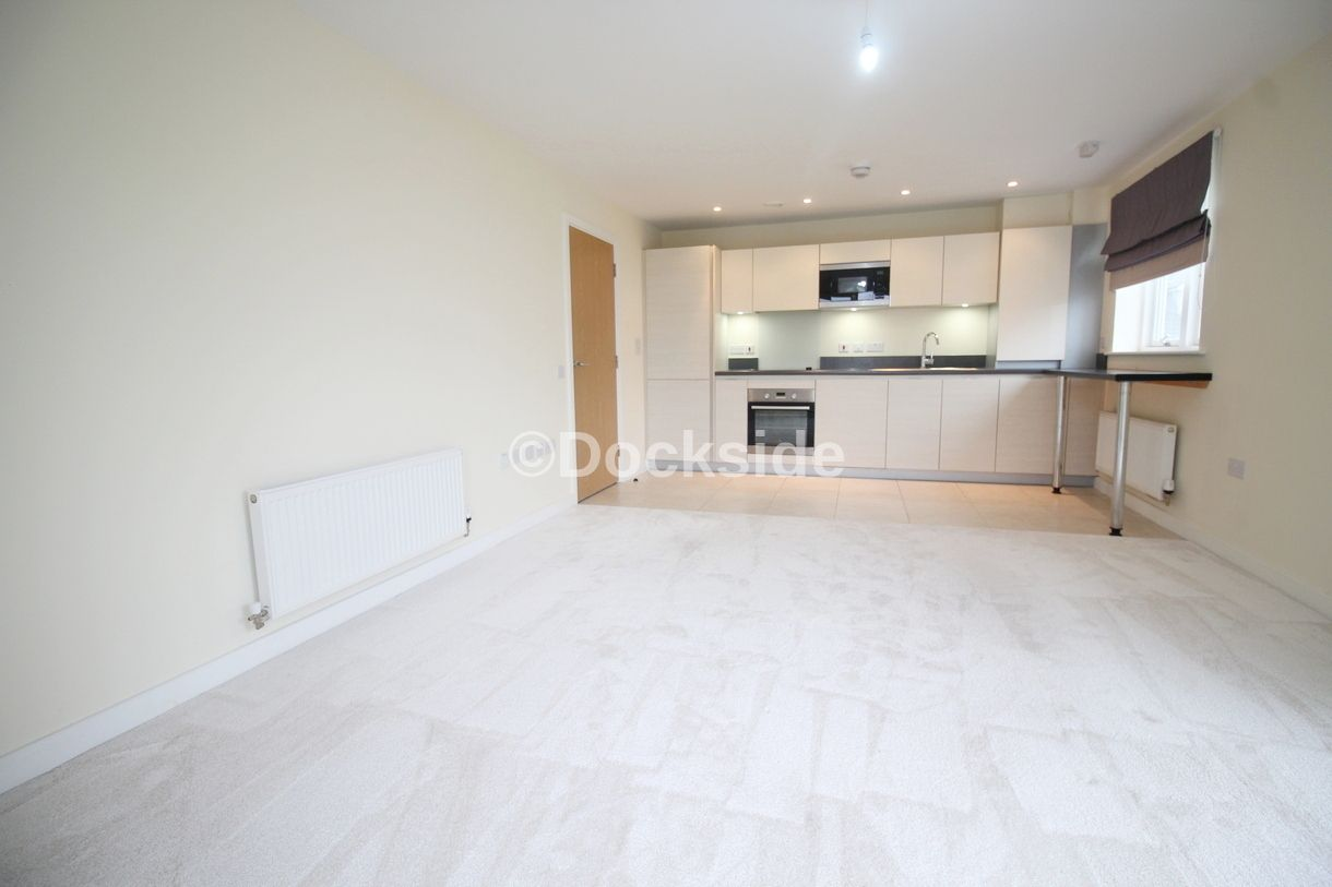 1 bed flat to rent in dunlin drive  - Property Image 6