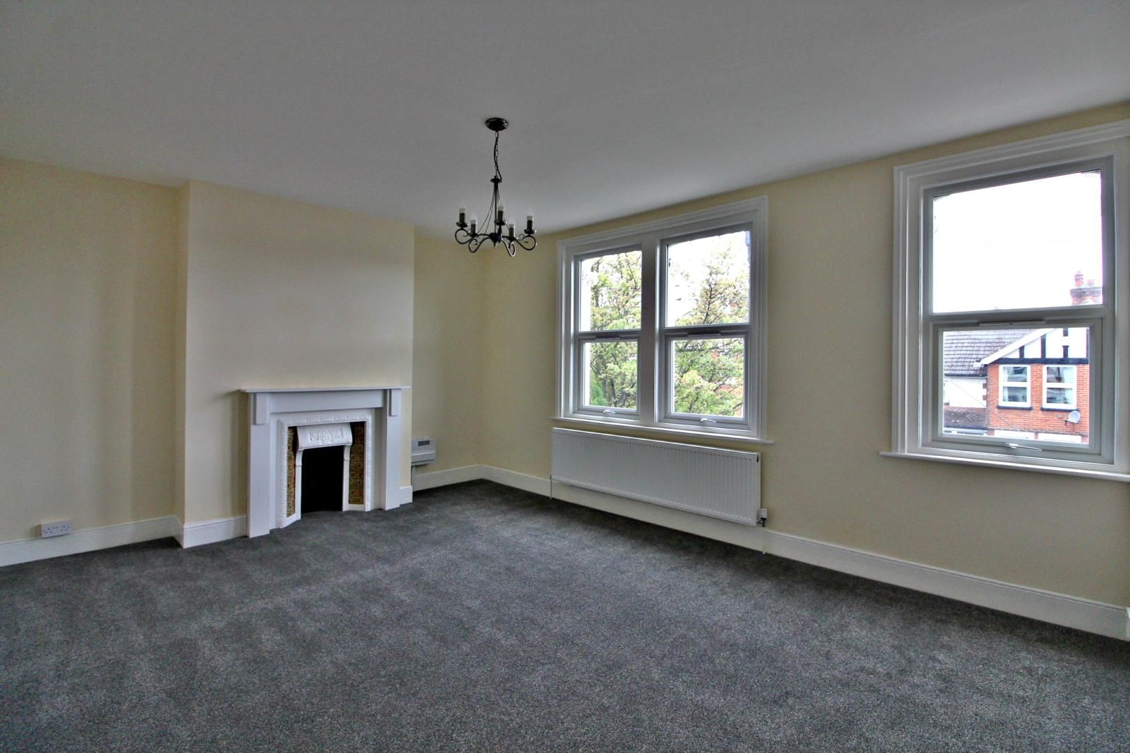 3 bed flat to rent in Hastings Road  - Property Image 5