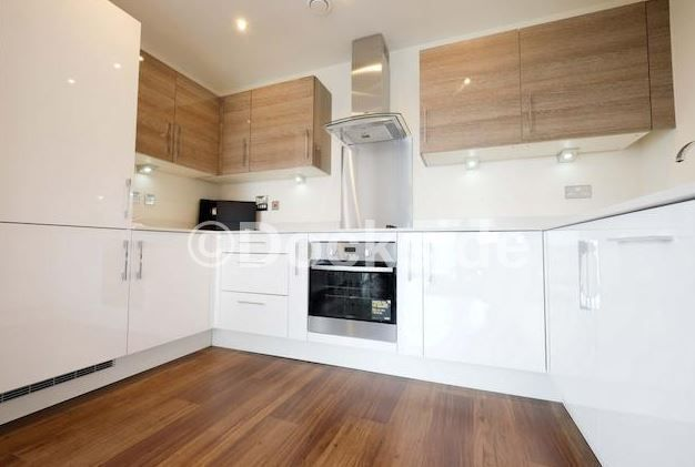 2 bed flat to rent in Pearl Lane  - Property Image 1