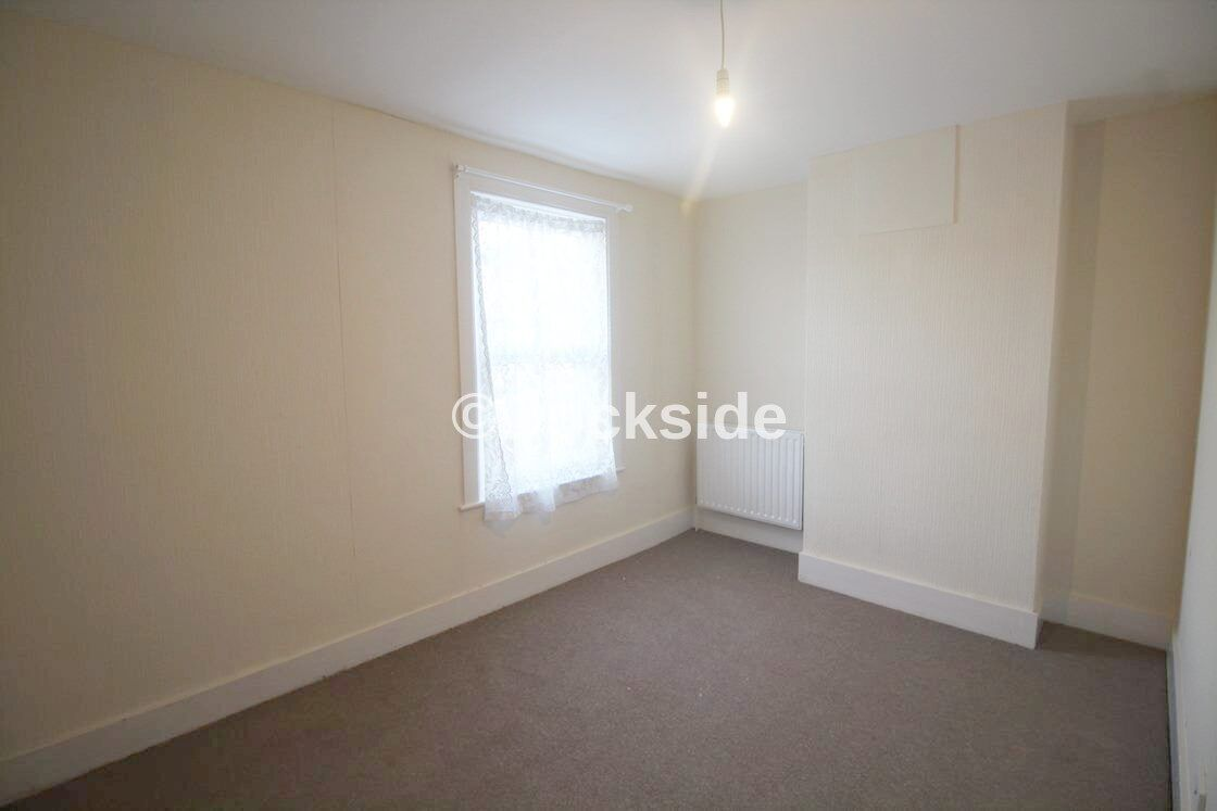 3 bed house to rent in Victoria Road  - Property Image 3