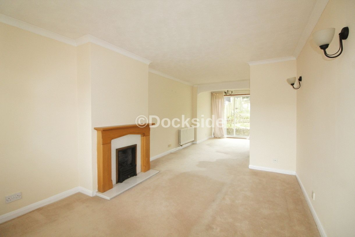 3 bed  to rent in Westgate Close  - Property Image 2