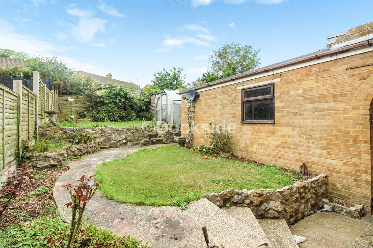 3 bed  to rent in Westgate Close  - Property Image 3