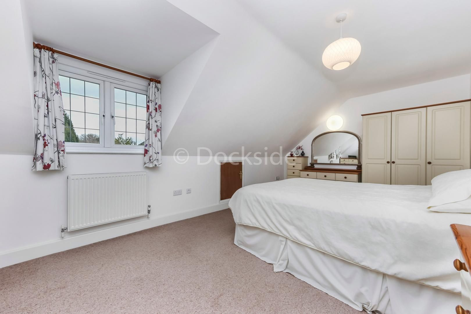 4 bed house for sale in Brompton Farm Road  - Property Image 11