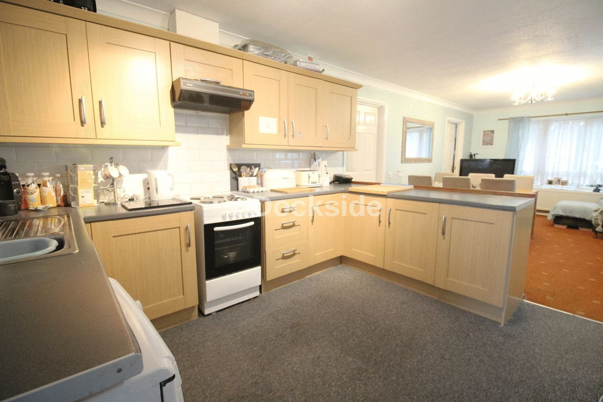 3 bed bungalow for sale in Walsingham Close, ME8