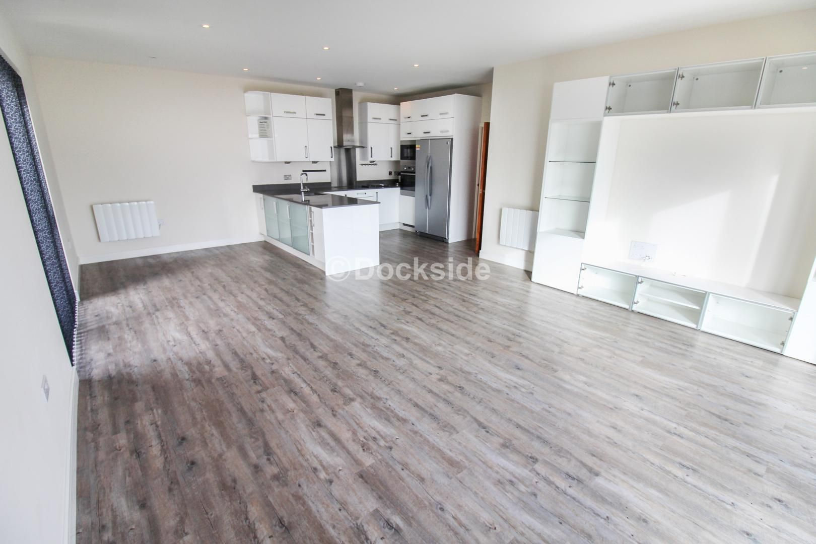 3 bed flat for sale in Pearl Lane  - Property Image 2
