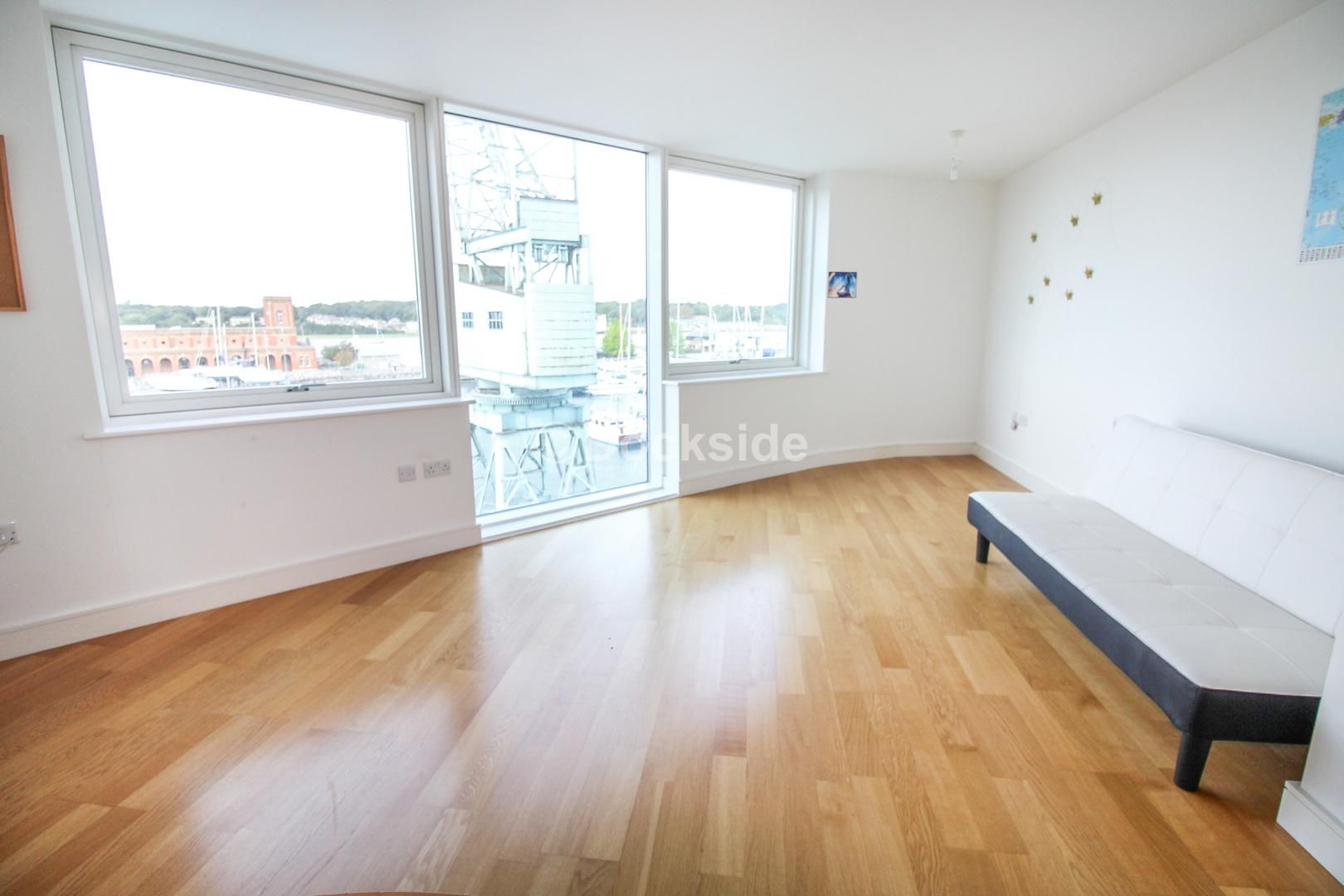 2 bed  to rent in Dock Head Road  - Property Image 2