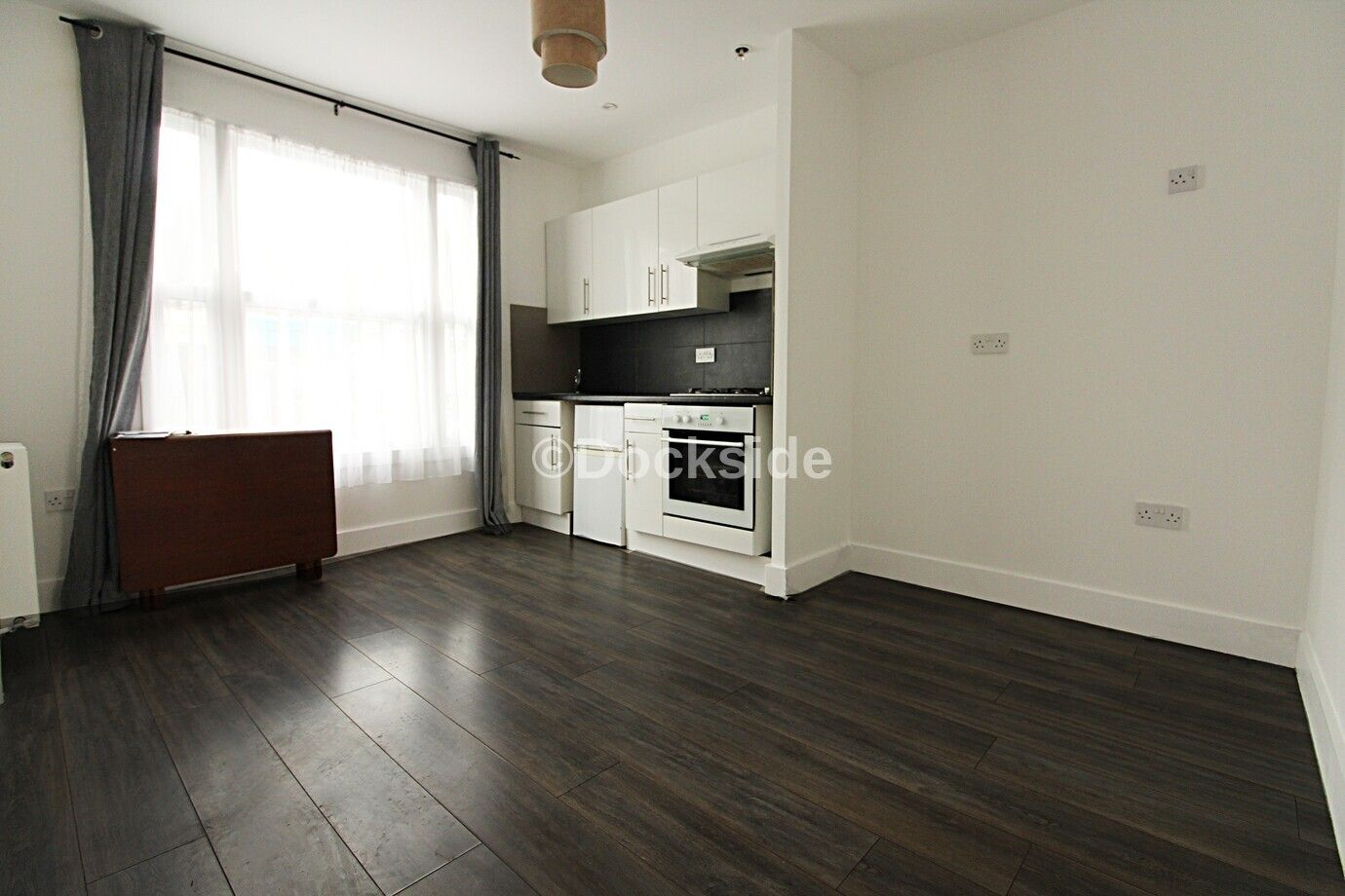 1 bed flat to rent in 321 High Street, ME1