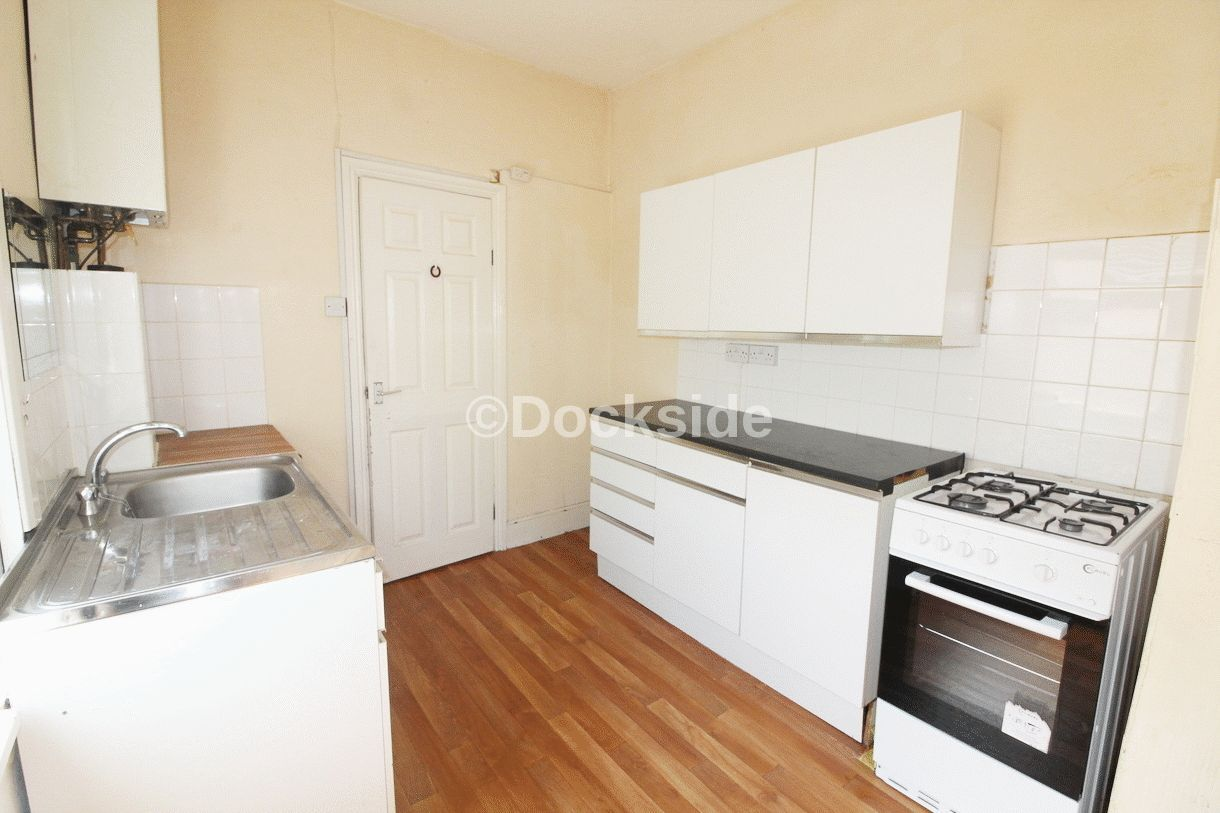 1 bed  to rent in Luton Road  - Property Image 4