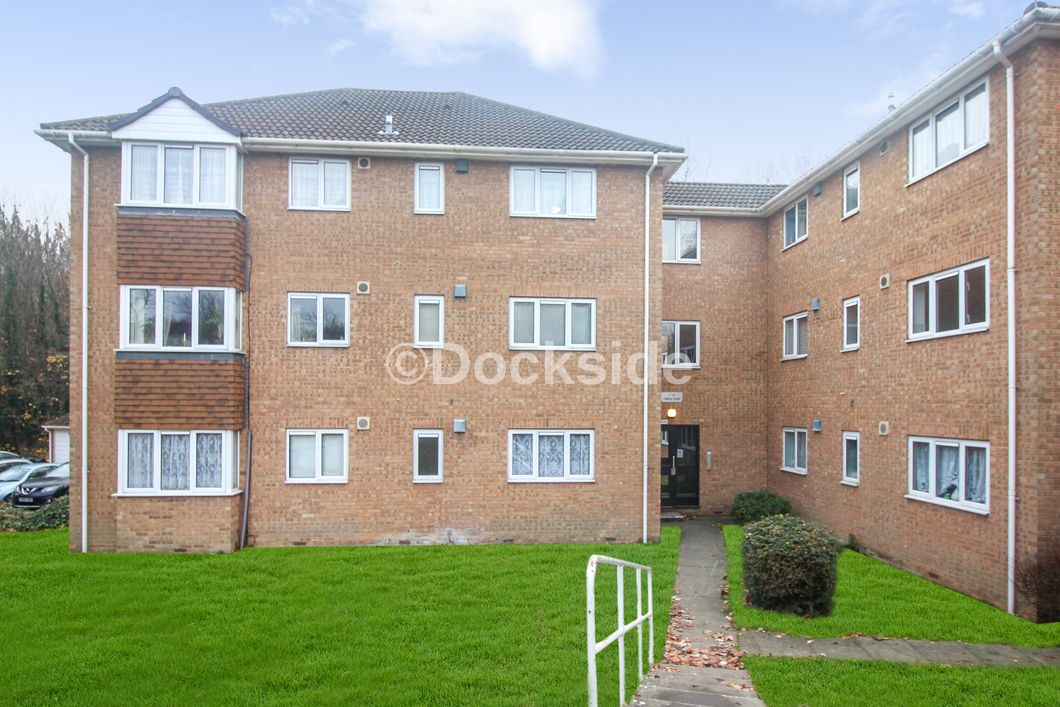 1 bed flat for sale in Findlay Close, ME8