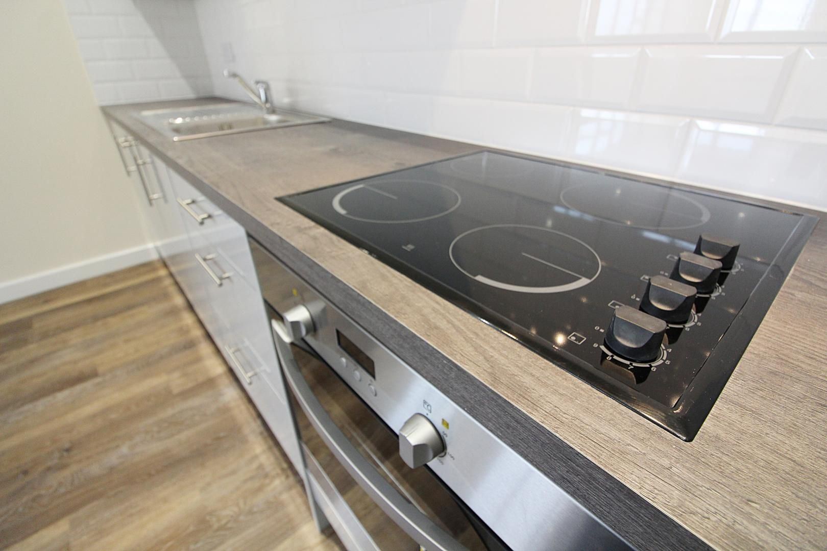 1 bed flat for sale in Bank Street  - Property Image 9