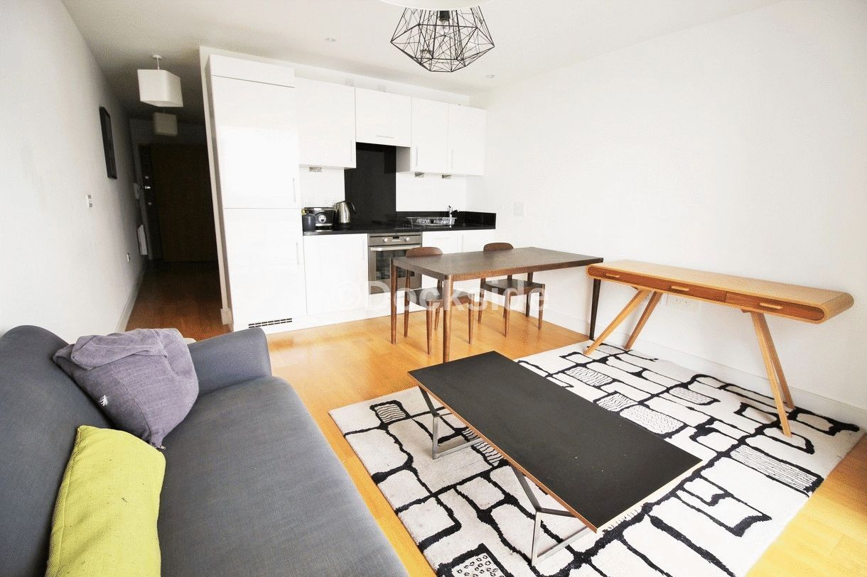 1 bed flat for sale in Dock Head Road  - Property Image 2