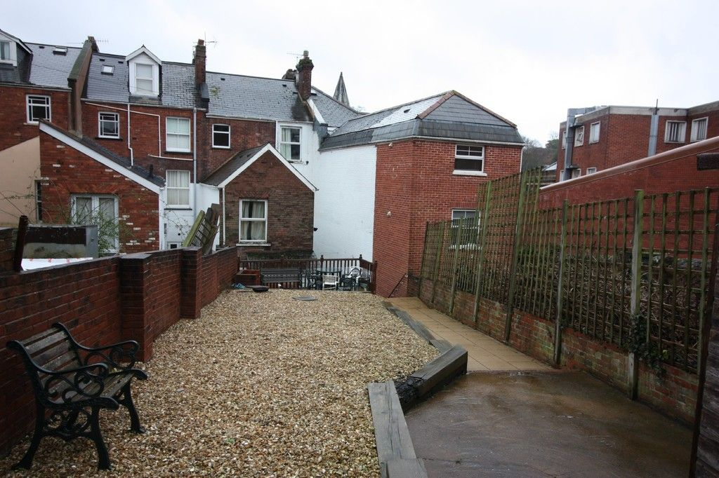 8 bed House for sale on Blackall Road  - Property Image 16
