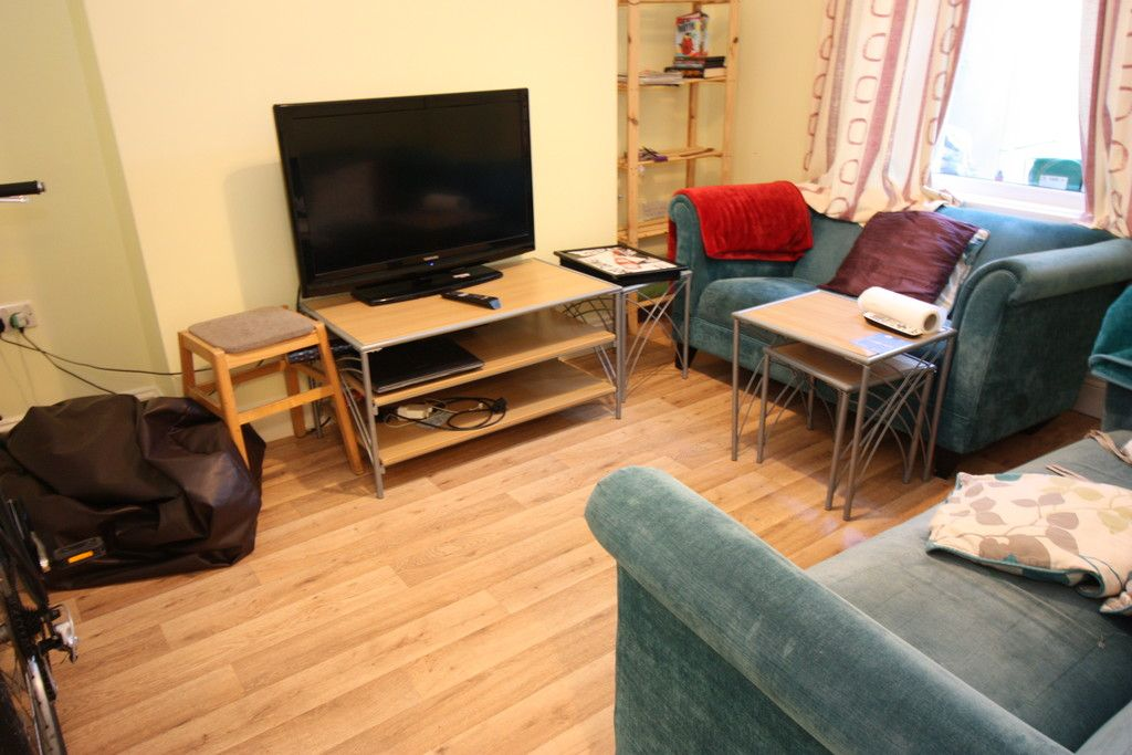 1 bed House to rent on Portland Street, Exeter - Shared House  - Property Image 3