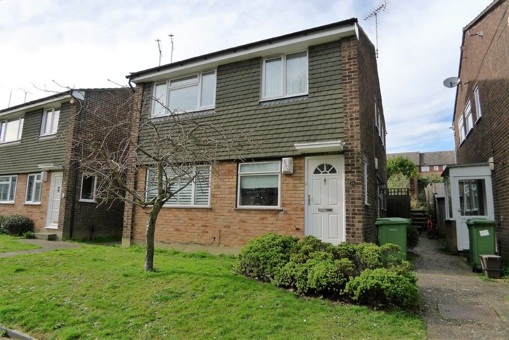 2 bed Flat to rent in Briary Court, Sidcup, DA14 - Property Image 1
