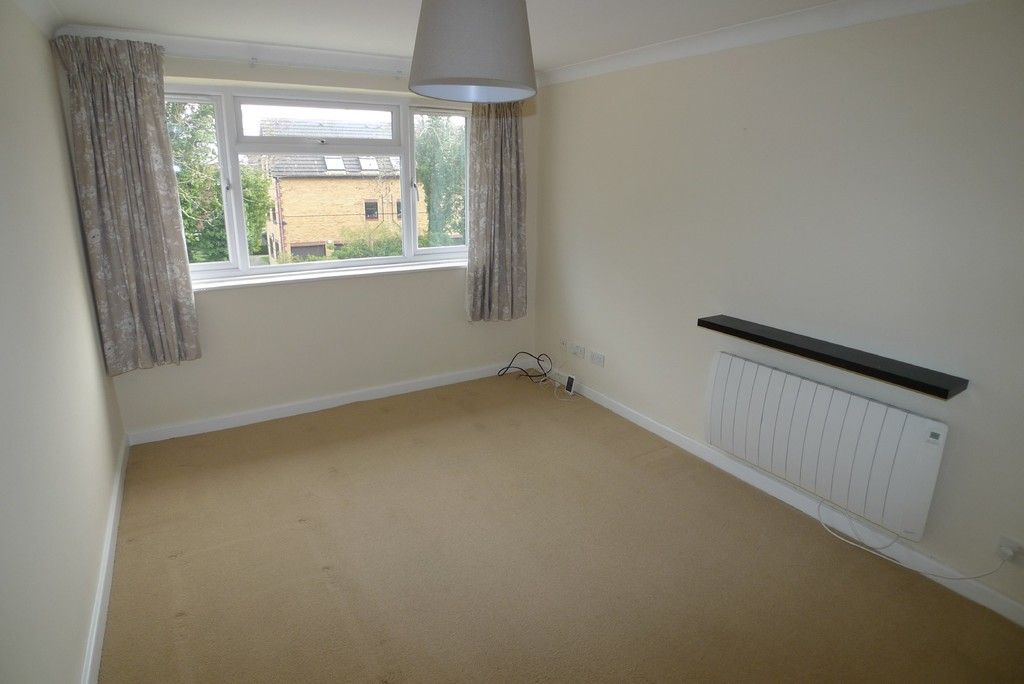 2 bed Flat to rent in Briary Court, Sidcup, DA14  - Property Image 7