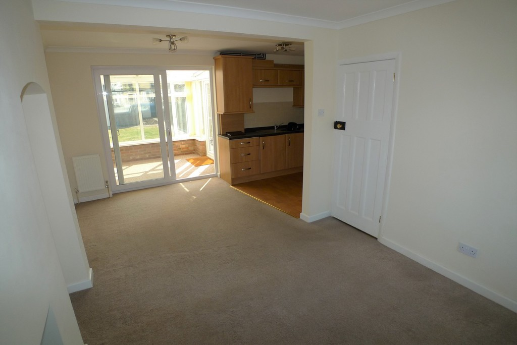 3 bed House to rent in Norfolk Crescent, Sidcup  - Property Image 3