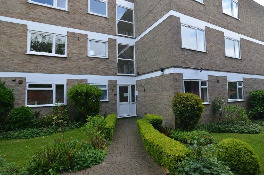 2 bed Flat for sale in Manor Park Road, Chislehurst, BR7  - Property Image 11