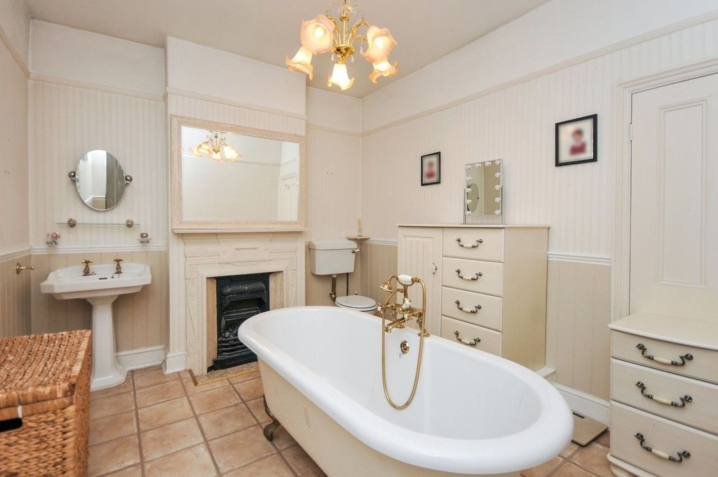 5 bed House for sale in Church Avenue, Sidcup, DA14  - Property Image 7