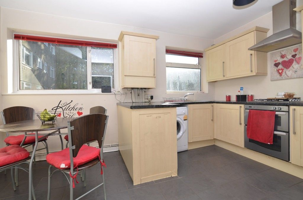 2 bed flat for sale in Woodchurch Close, Sidcup, DA14  - Property Image 1