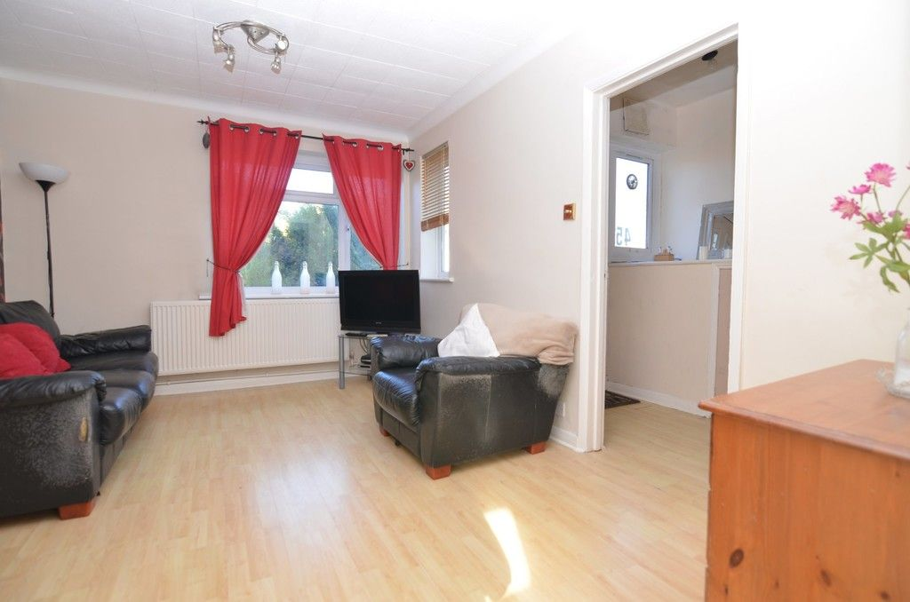 2 bed flat for sale in Woodchurch Close, Sidcup, DA14  - Property Image 4