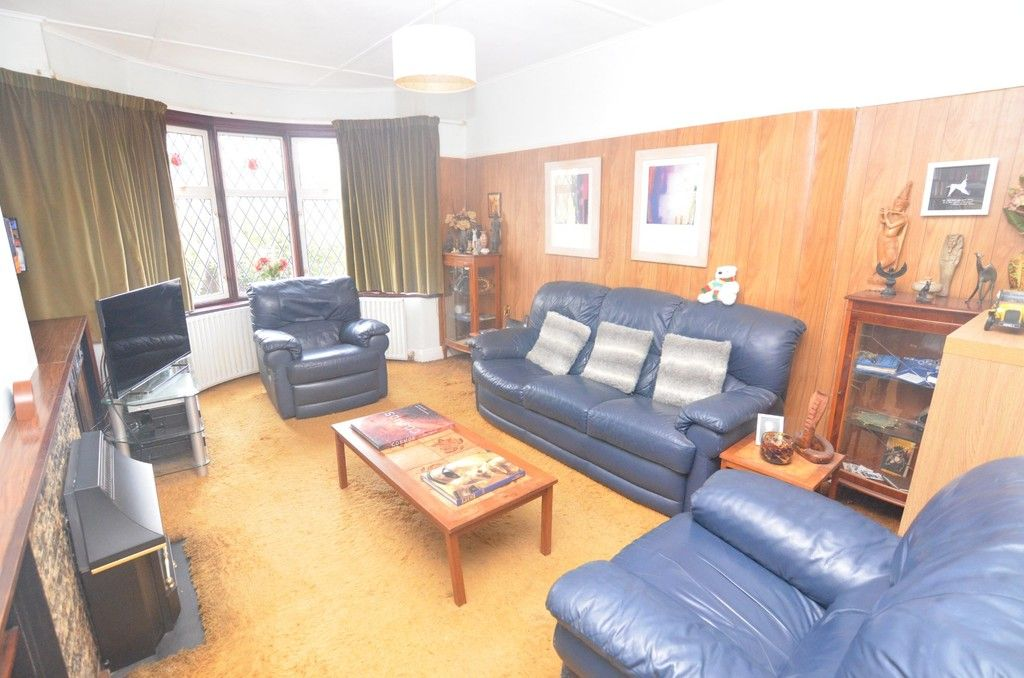3 bed House for sale in Montrose Avenue, Sidcup, DA15  - Property Image 2