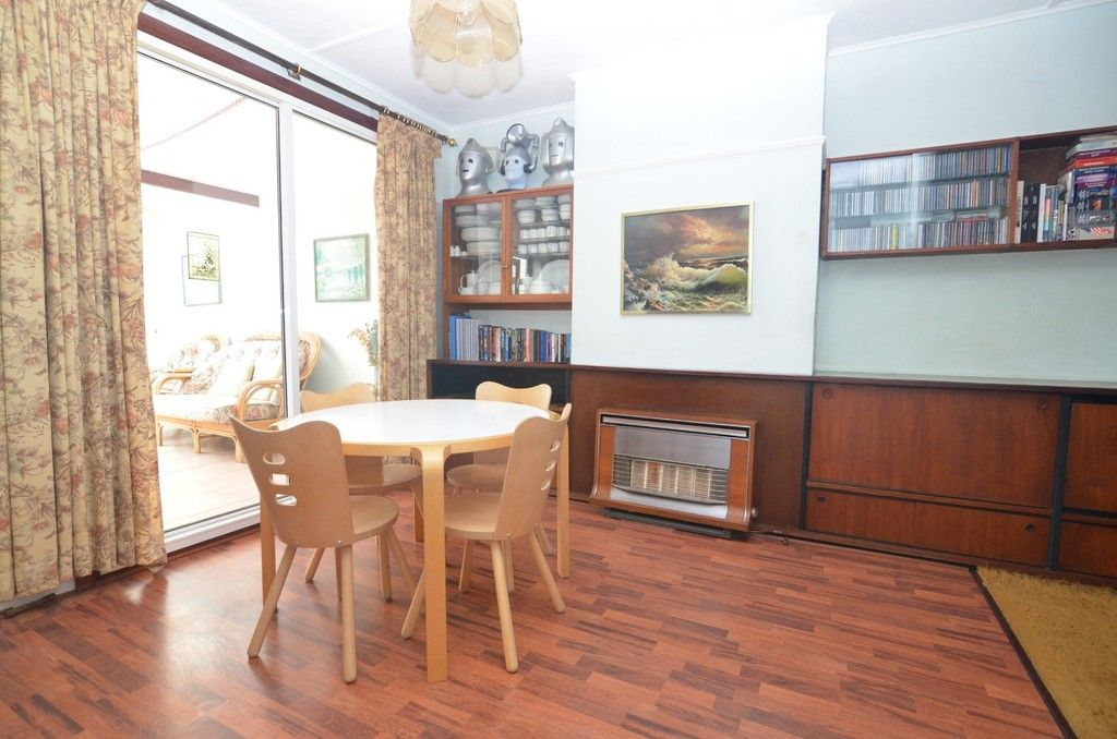 3 bed House for sale in Montrose Avenue, Sidcup, DA15  - Property Image 9