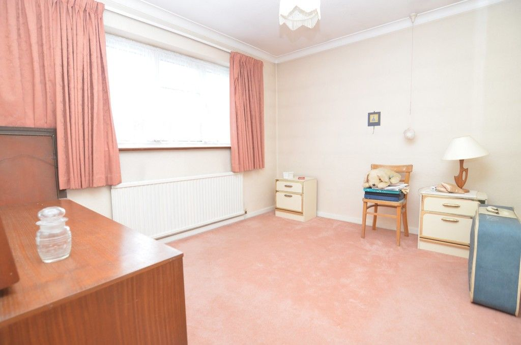 3 bed House for sale in Maiden Erlegh Avenue, Bexley, DA5  - Property Image 12
