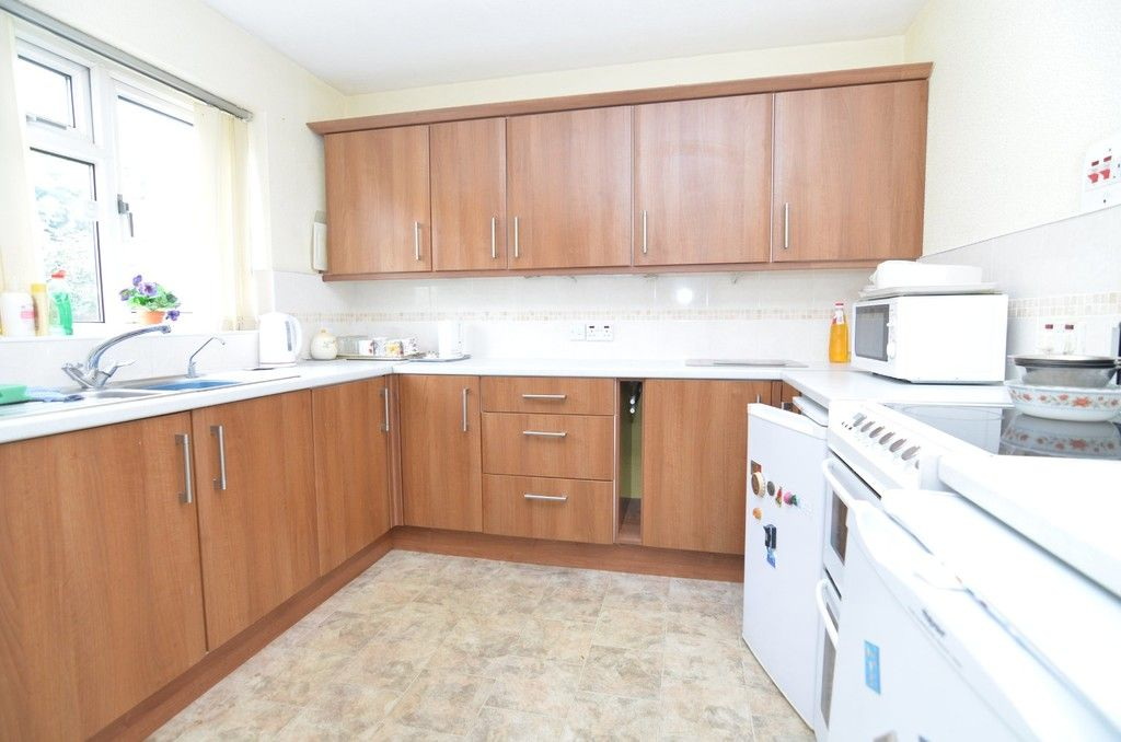 3 bed House for sale in Maiden Erlegh Avenue, Bexley, DA5  - Property Image 5