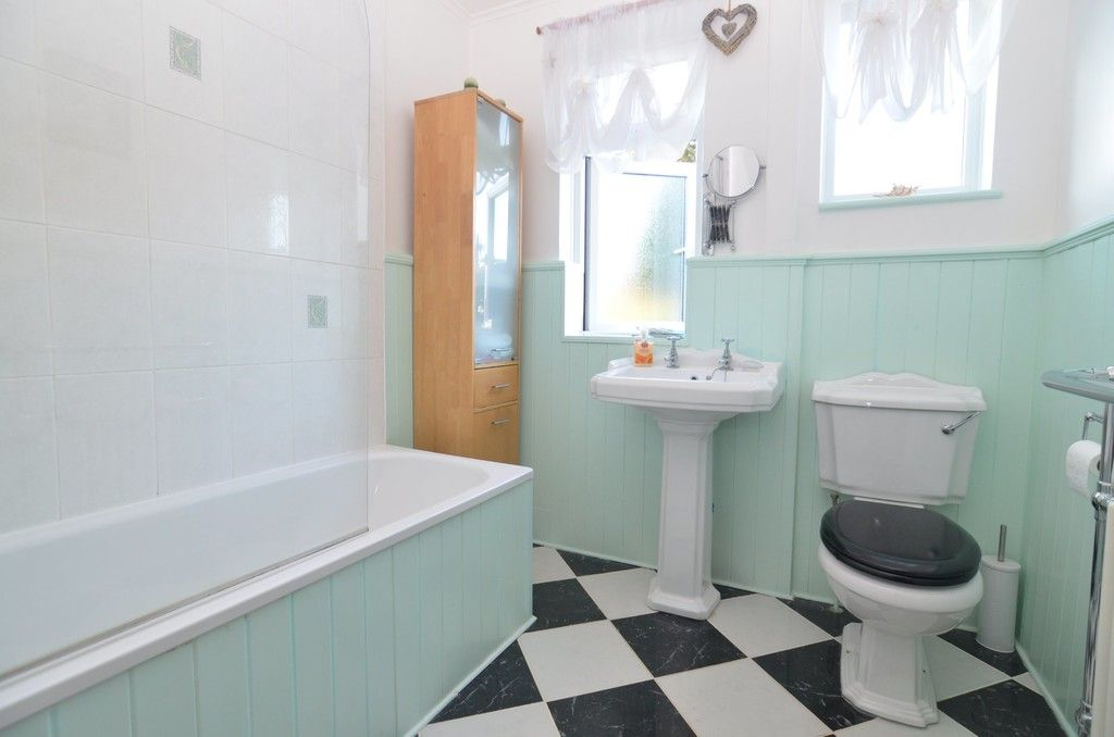 3 bed House for sale in Orchard Road, Sidcup, DA14  - Property Image 7