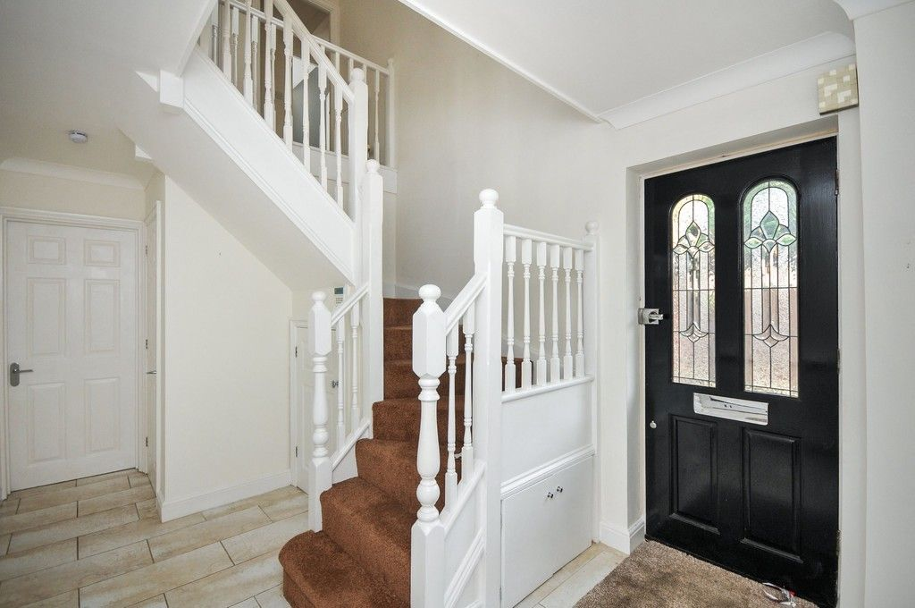 4 bed House for sale in Redwood Close, Sidcup, DA15  - Property Image 12