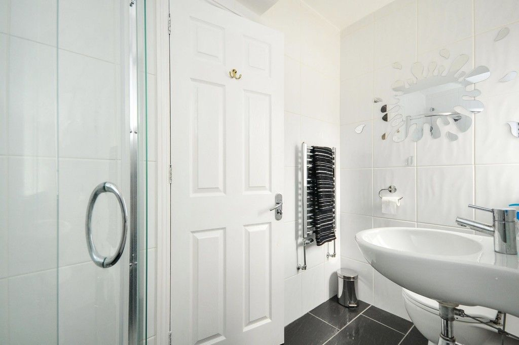 4 bed House for sale in Redwood Close, Sidcup, DA15  - Property Image 16