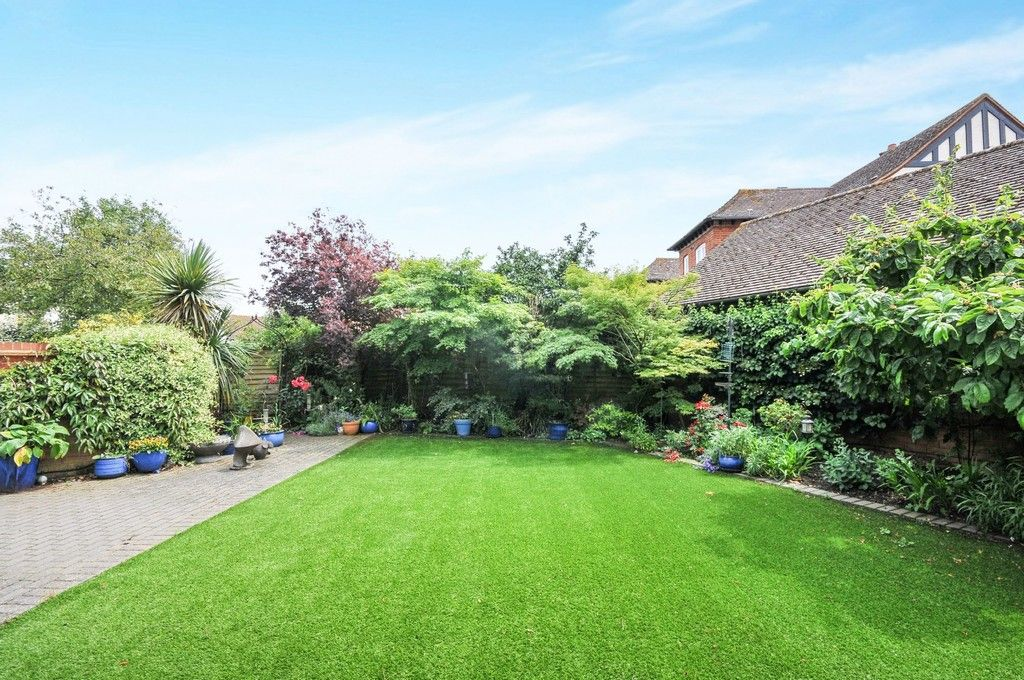 4 bed House for sale in Redwood Close, Sidcup, DA15  - Property Image 19