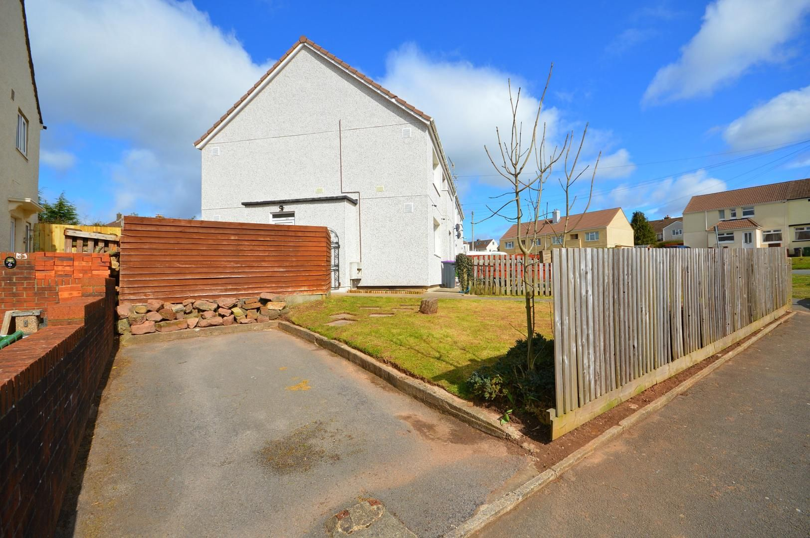 2 bed flat to rent in Glosters Parade  - Property Image 12
