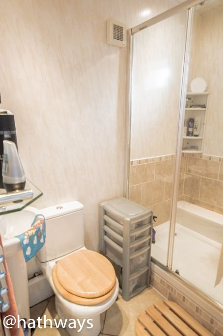2 bed bungalow for sale in Beechleigh Close 8