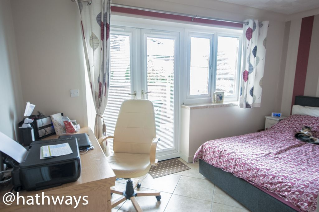2 bed bungalow for sale in Beechleigh Close 9