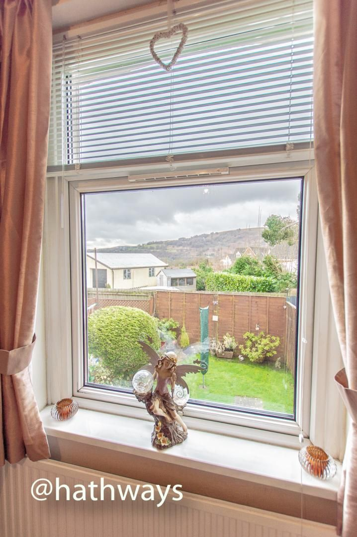 2 bed house for sale in Golynos Place Albert Road  - Property Image 17
