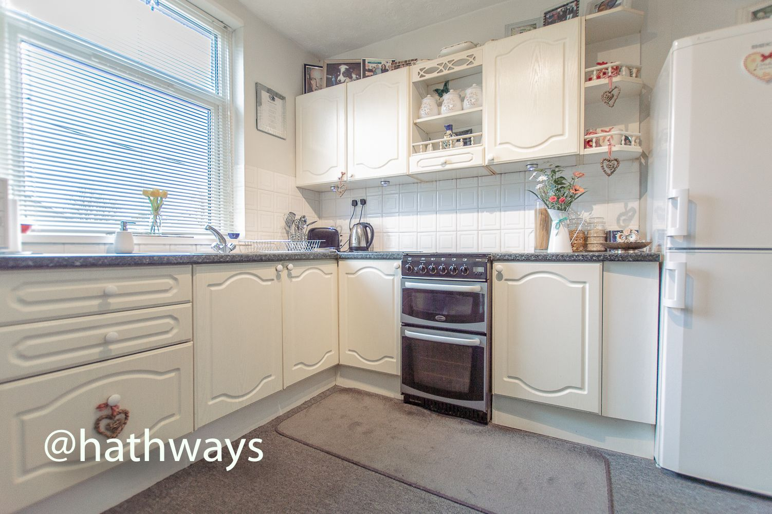 2 bed house for sale in Golynos Place Albert Road 7