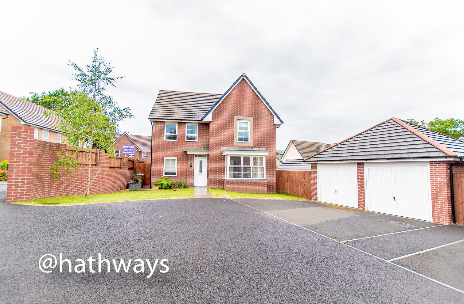 4 bed house for sale in Chapel Walk - Property Image 1