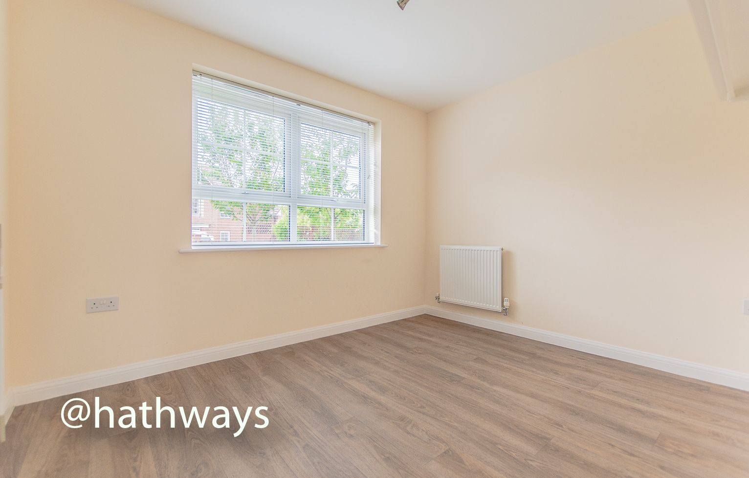 4 bed house for sale in Chapel Walk  - Property Image 11