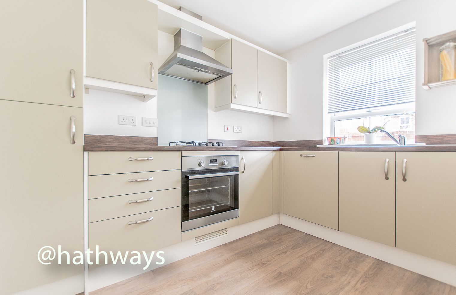 4 bed house for sale in Chapel Walk  - Property Image 13