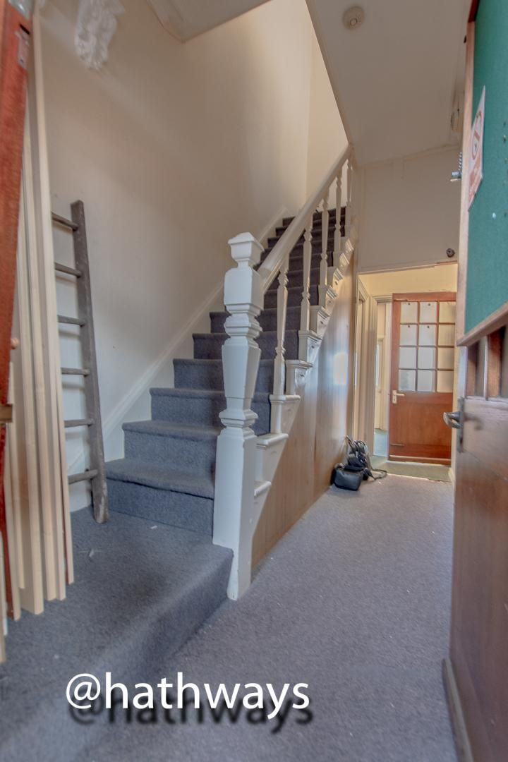 3 bed  for sale in Windsor Road  - Property Image 2
