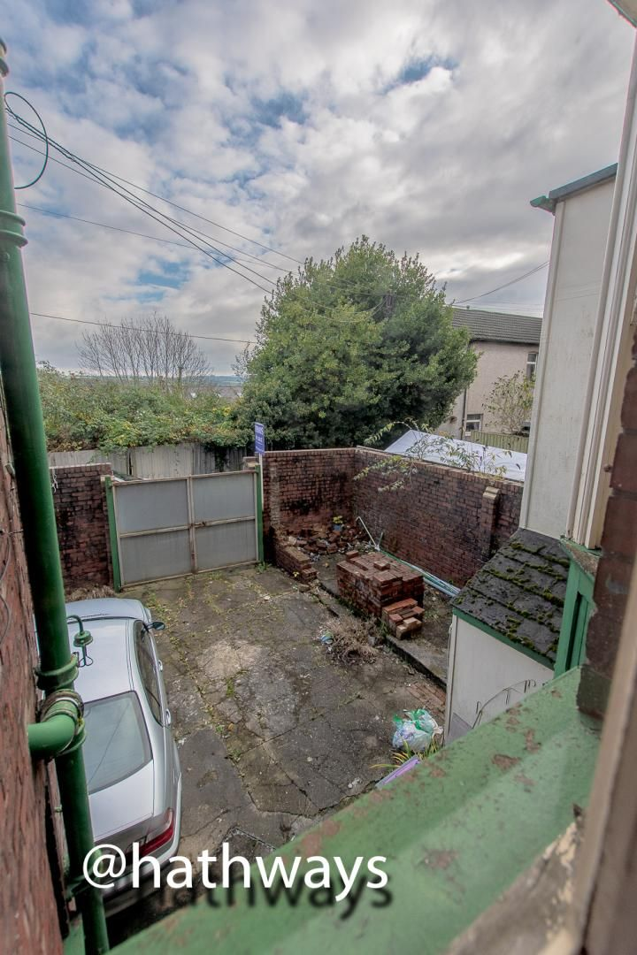 3 bed  for sale in Windsor Road  - Property Image 12