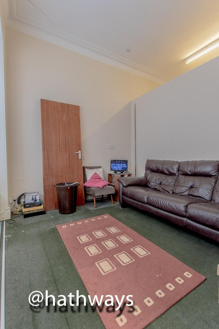 3 bed  for sale in Windsor Road 17