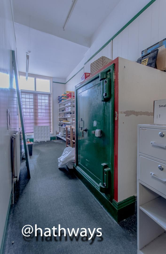 3 bed  for sale in Windsor Road  - Property Image 7