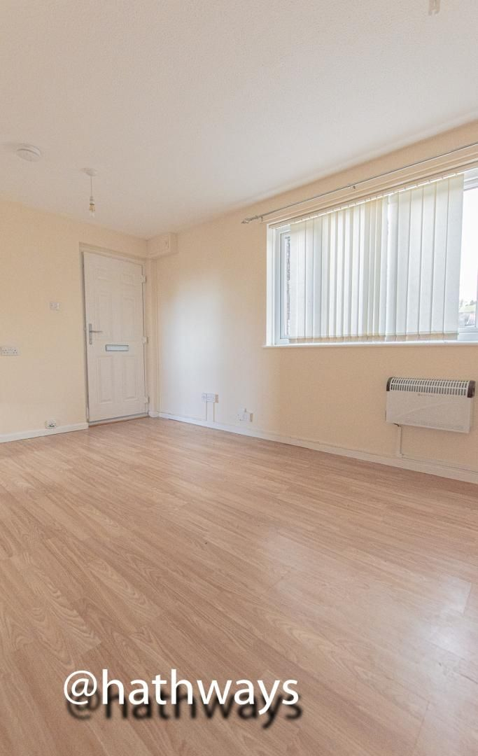 Flat for sale in Pentre Close  - Property Image 4
