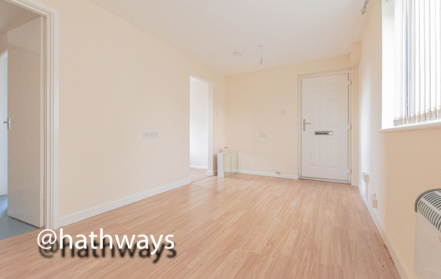 Flat for sale in Pentre Close  - Property Image 5