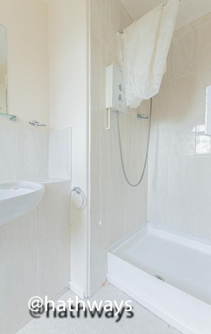 Flat for sale in Pentre Close  - Property Image 10