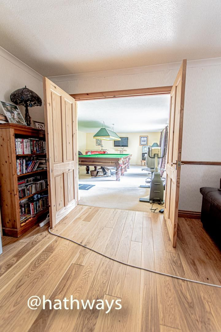 4 bed house for sale in Springfield Close  - Property Image 8