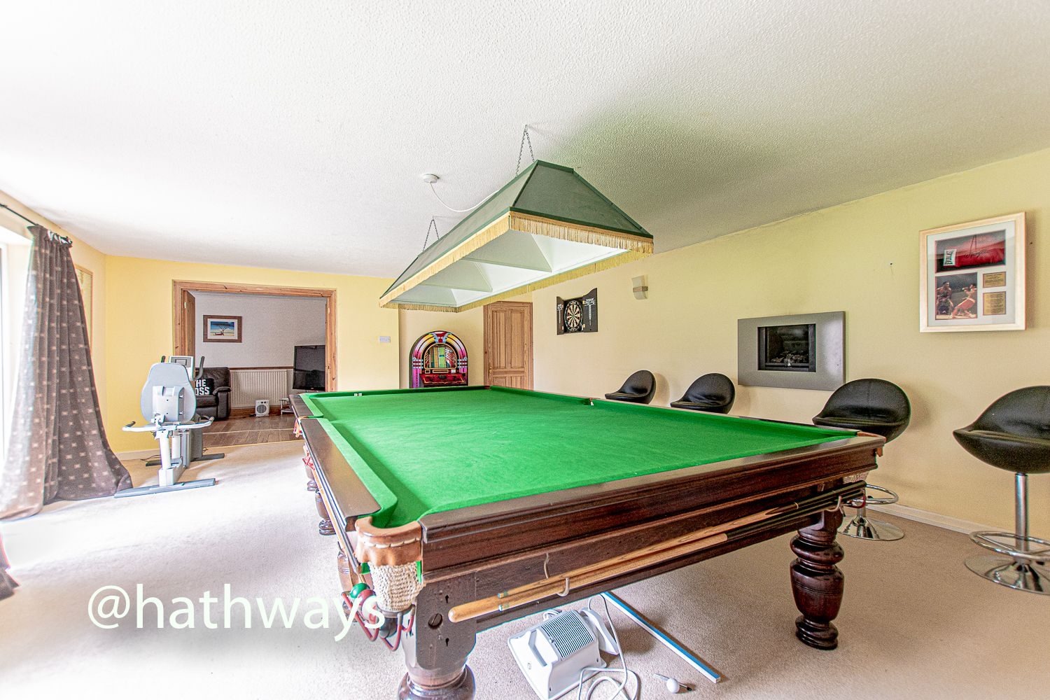 4 bed house for sale in Springfield Close  - Property Image 10